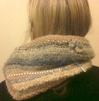 Magicball cowl - Pebble beach with sky blue solid